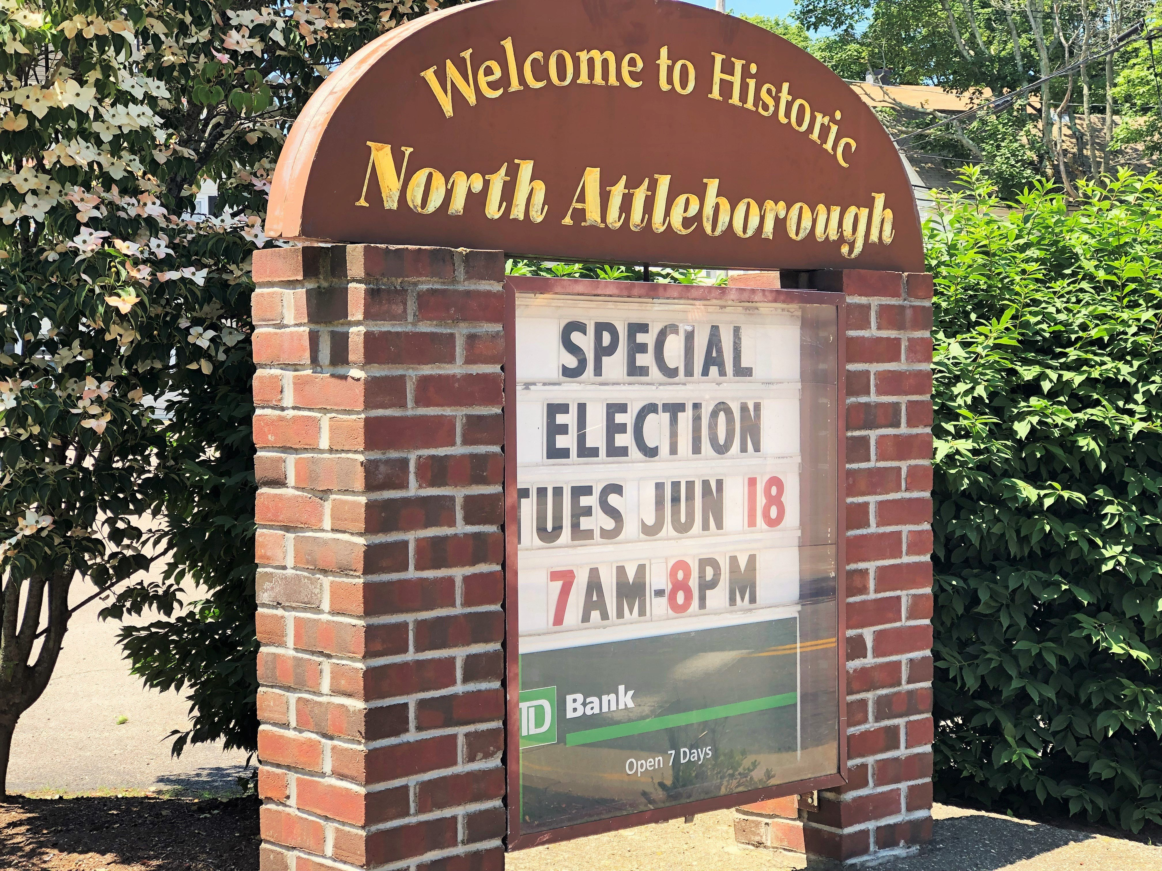 Town of North Attleborough sign